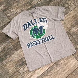 Dallas Mavericks Basketball T-shirt